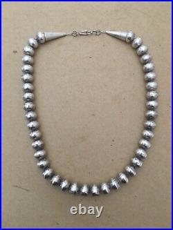 ESTATE VINTAGE ORNATE sterling silver bench bead Navajo necklace 19