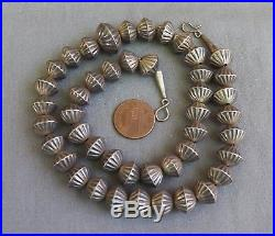 Fine Vintage Southwestern Native American Silver Fluted Bead Necklace