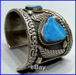 HUGE OLD Vintage Navajo Sterling Silver And Turquoise Graduating Cuff Bracelet