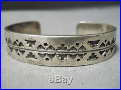 Impressive Vintage Navajo Sterling Silver Bracelet Old