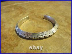 SPLENDID Vintage Navajo Carinated Beveled Sterling Silver Design Bracelet