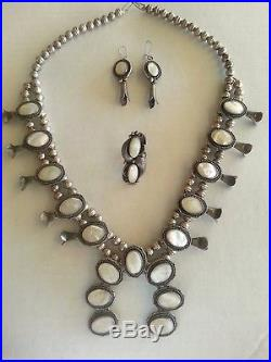 Set Vintage Silver Native American Mother of Pearl Squash Blossom Necklace