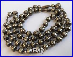 VINTAGE OLD PAWN Navajo Sterling Silver Pearl Bench Bead Necklace 27
