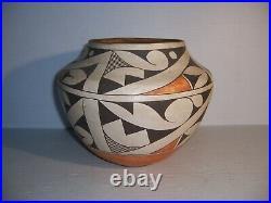Vintage Acoma Sky Pueblo Native American Pottery Olla Jar Signed Brenda