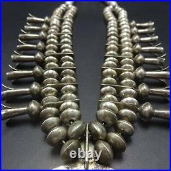 Vintage NAVAJO Sterling Silver Saucer Beads & Cast Naja SQUASH BLOSSOM Necklace