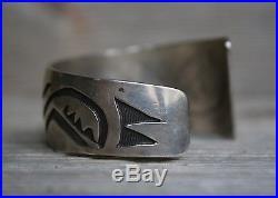 Vintage Native American Hopi Sterling Silver Rug Pattern Cuff Bracelet