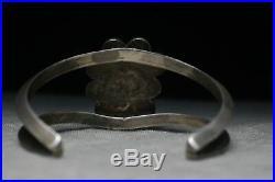 Vintage Native American Navajo Turquoise Sterling Silver Cuff Bracelet 40 gr