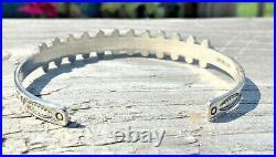 Vintage Zuni Green Snake Eye Sterling Cuff Bracelet